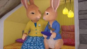 """""""Non mais, tu sais que voler c'est pas bien, Pierre ! Mais bon, si tu pouvais ramener la prochaine fois des fraises pour mon gâteau ou un iPhone 5S ou un écran plat, ça serait super, mon chéri !"""""""
